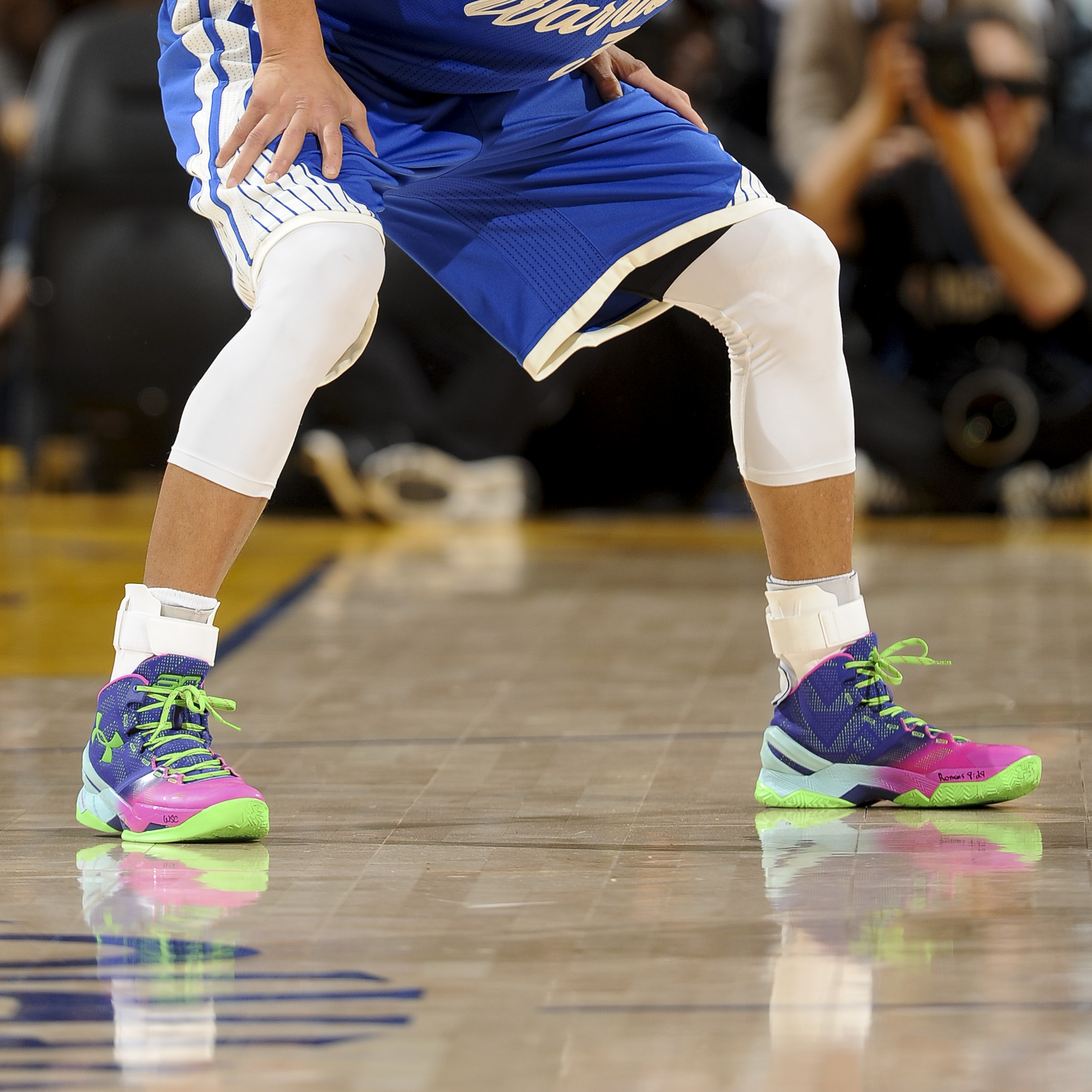"8ad8dd021d9ee8 2015 Stephen Curry in Under Armour Curry 2 ""Northern Lights"""