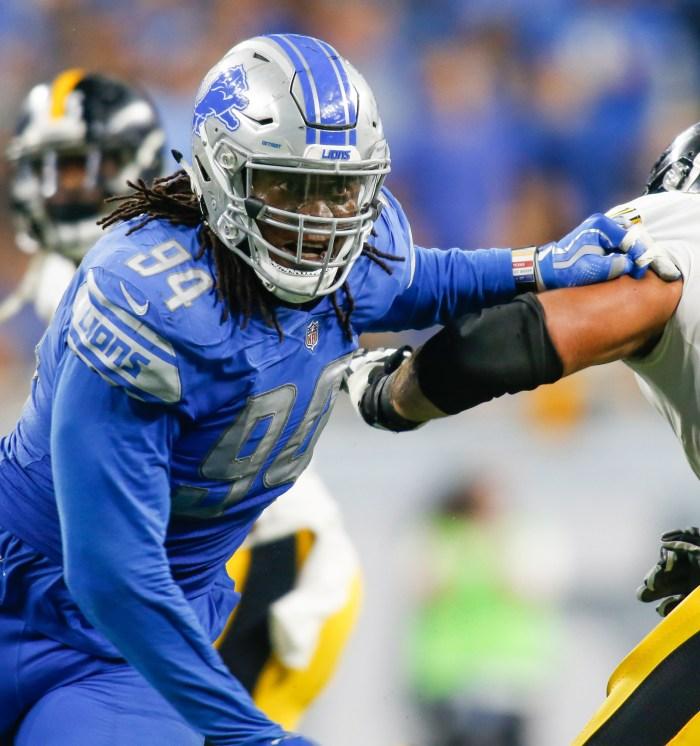 72e9022781d Detroit Lions defensive end Ezekiel Ansah (94)