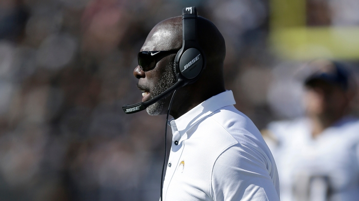 889daf8b Anthony Lynn leads Chargers back to relevancy