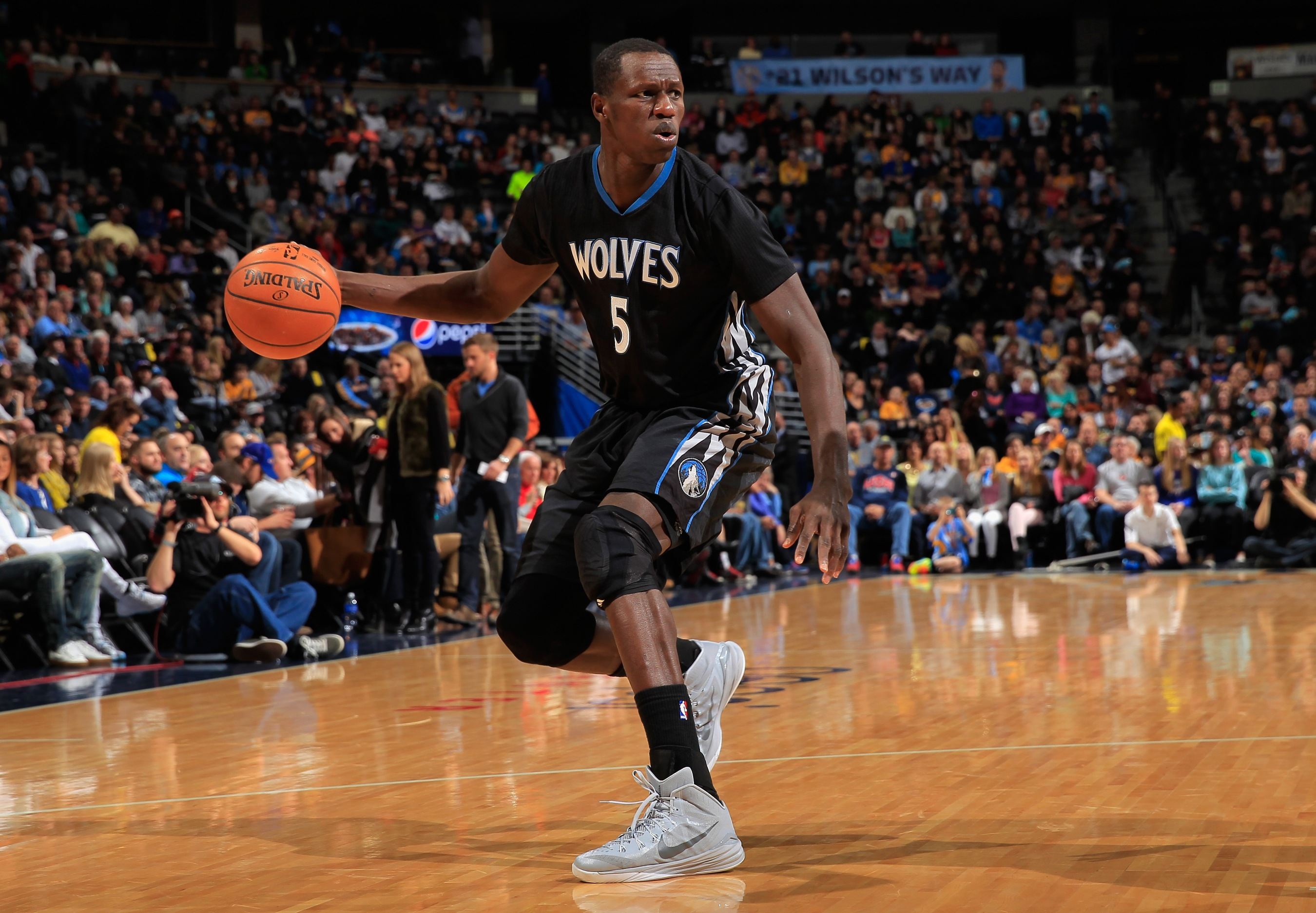 20db23ea1ec Timberwolves center Gorgui Dieng gives back to his native Senegal — and  then some