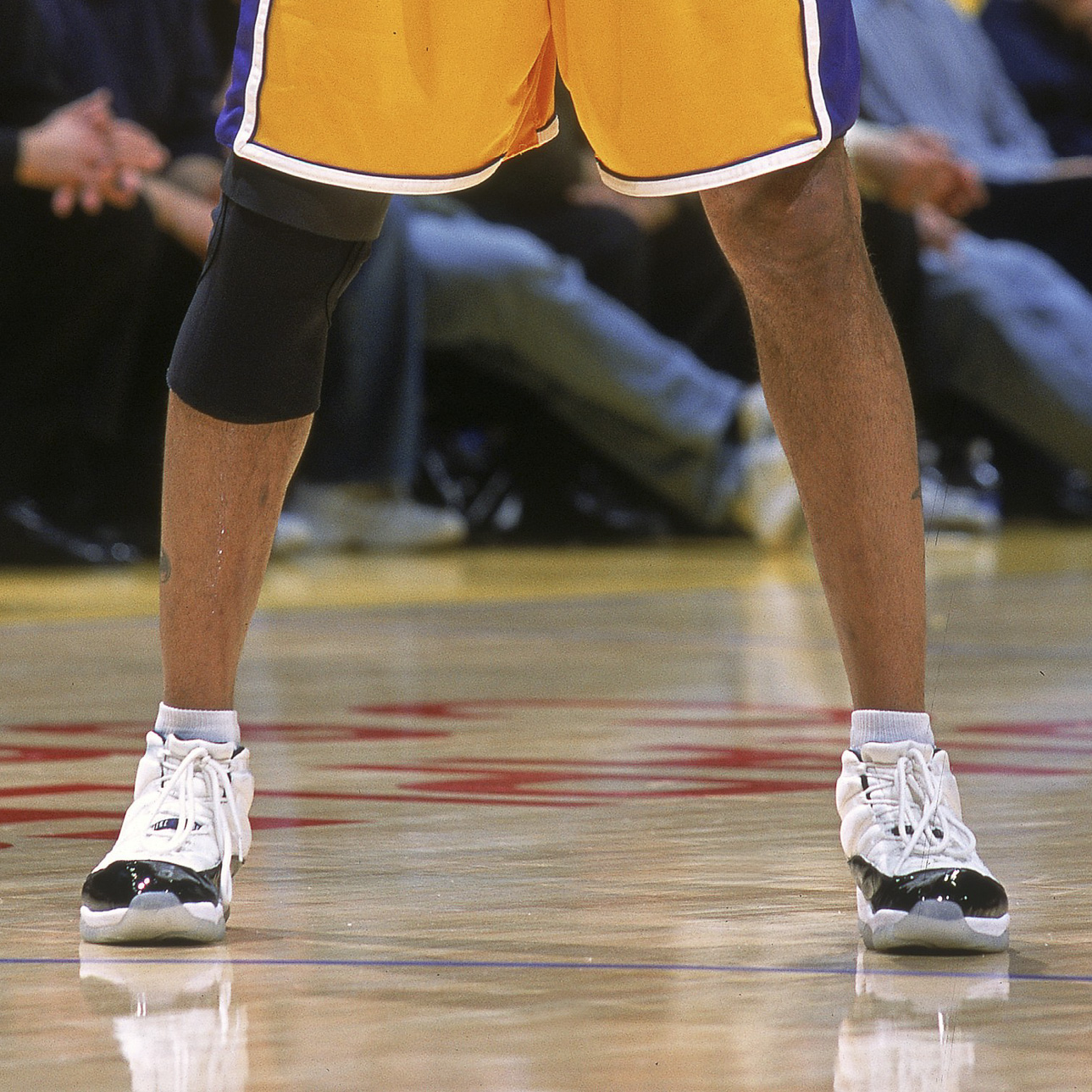 "32430008e65f 2000 Ron Harper in Air Jordan 11 ""Concord""Kobe Bryant in the Adidas Crazy 1"