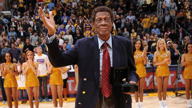 8ff43eb9362 Lakers legend Elgin Baylor will get his very own statue at L.A. s Staples  Center