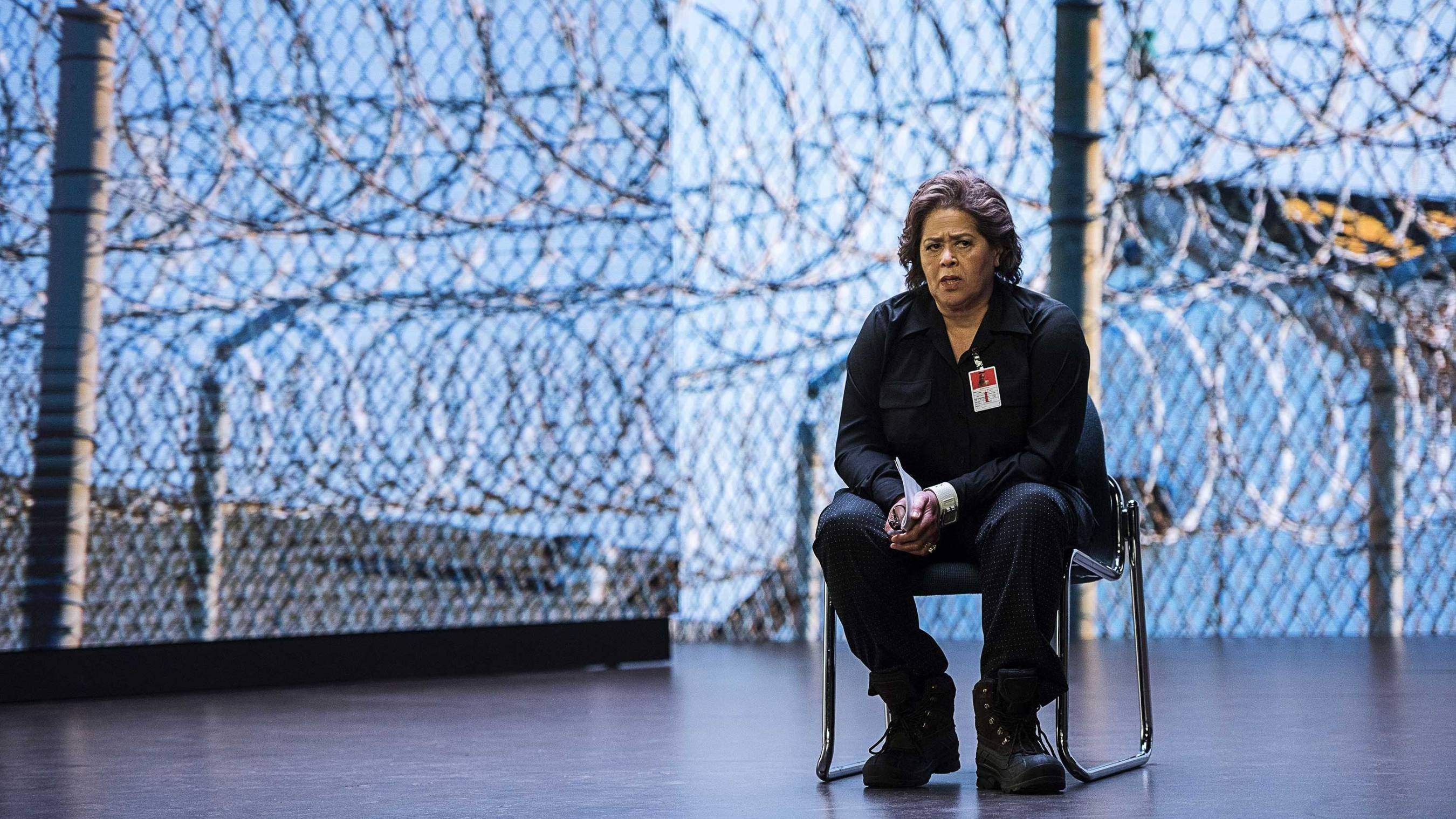 HBO to broadcast Anna Deavere Smith\'s show on the school-to-prison ...