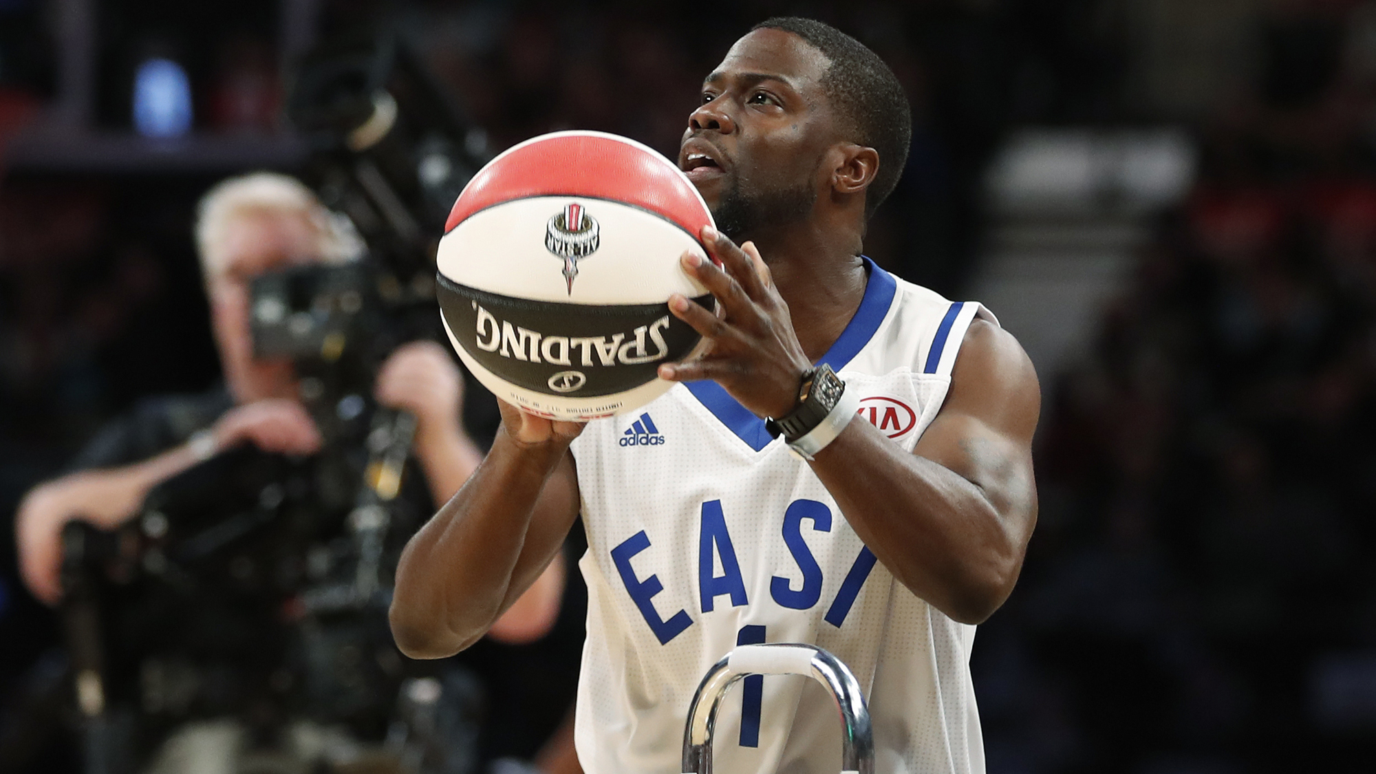 aadc55b32 Kevin Hart on why he became an athlete