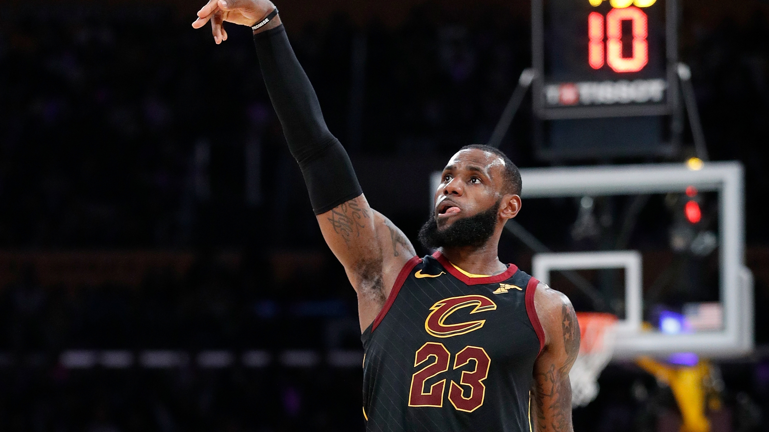 1f68c7dfc17 LeBron visits Los Angeles and courtside is as interesting to watch as the  game itself