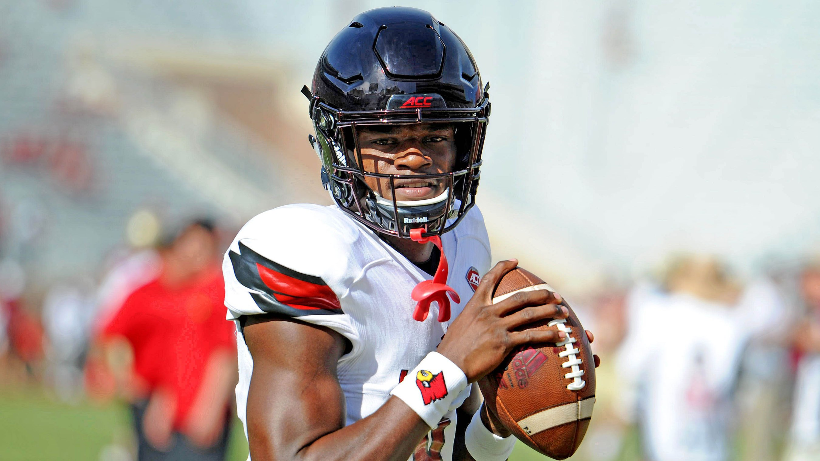 7b7e66e09b Lamar Jackson could change the NFL — if he gets the chance