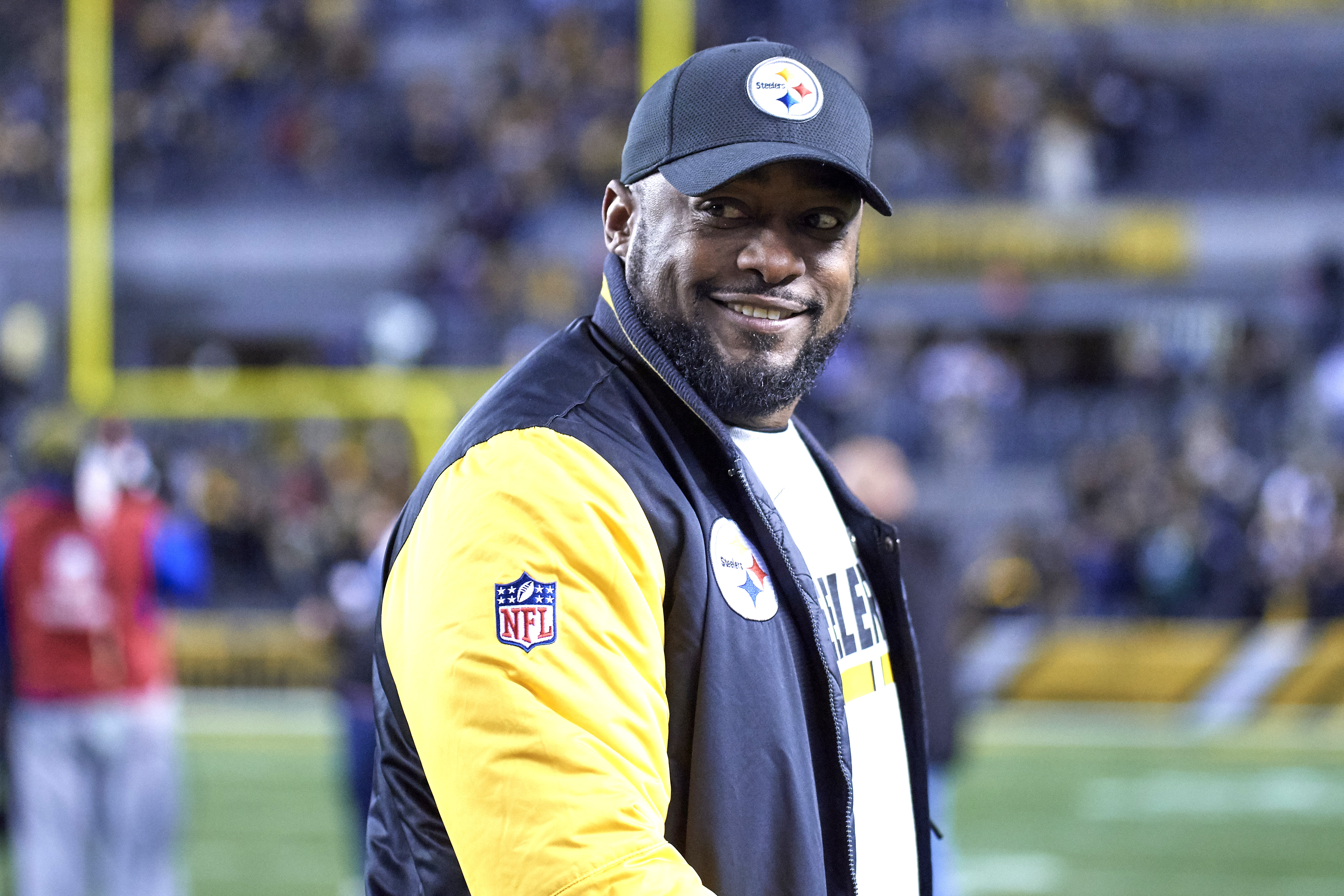 e4385849e63 Tomlin roams the Steelers sideline during games