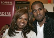 "Donda West Signs Copies of Her New Book, ""Raising Kanye"" – June 6, 2007"