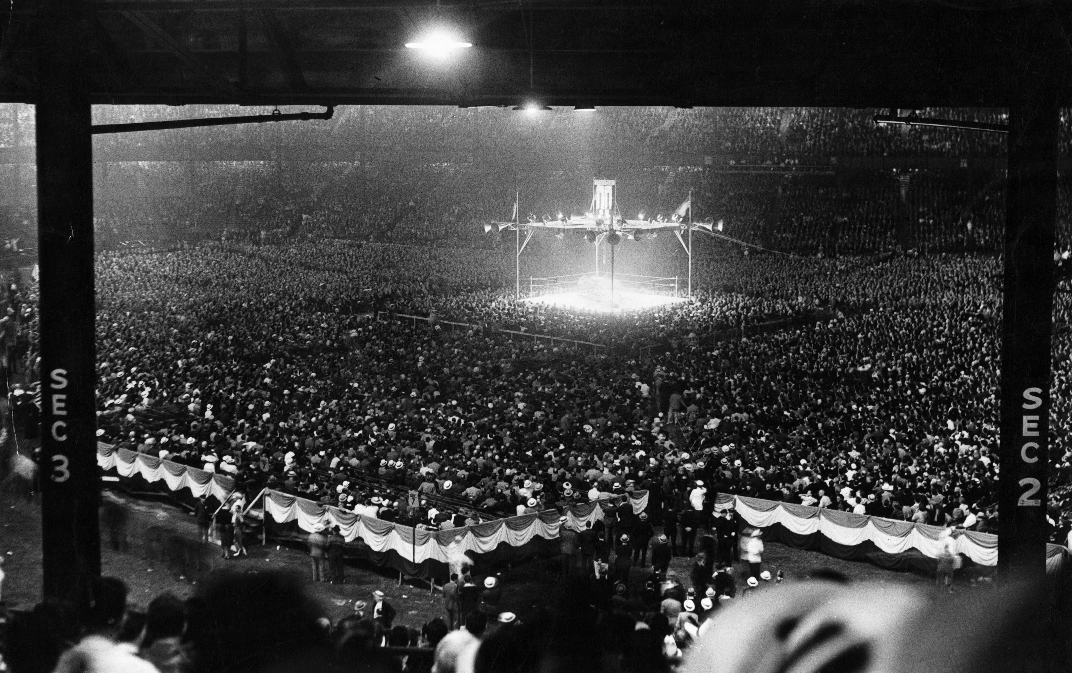3862dccd91 A general view of the fight between Joe Louis and Max Schmeling at Yankee  Stadium in Bronx, New York, June 22, 1938. Louis won by a KO.