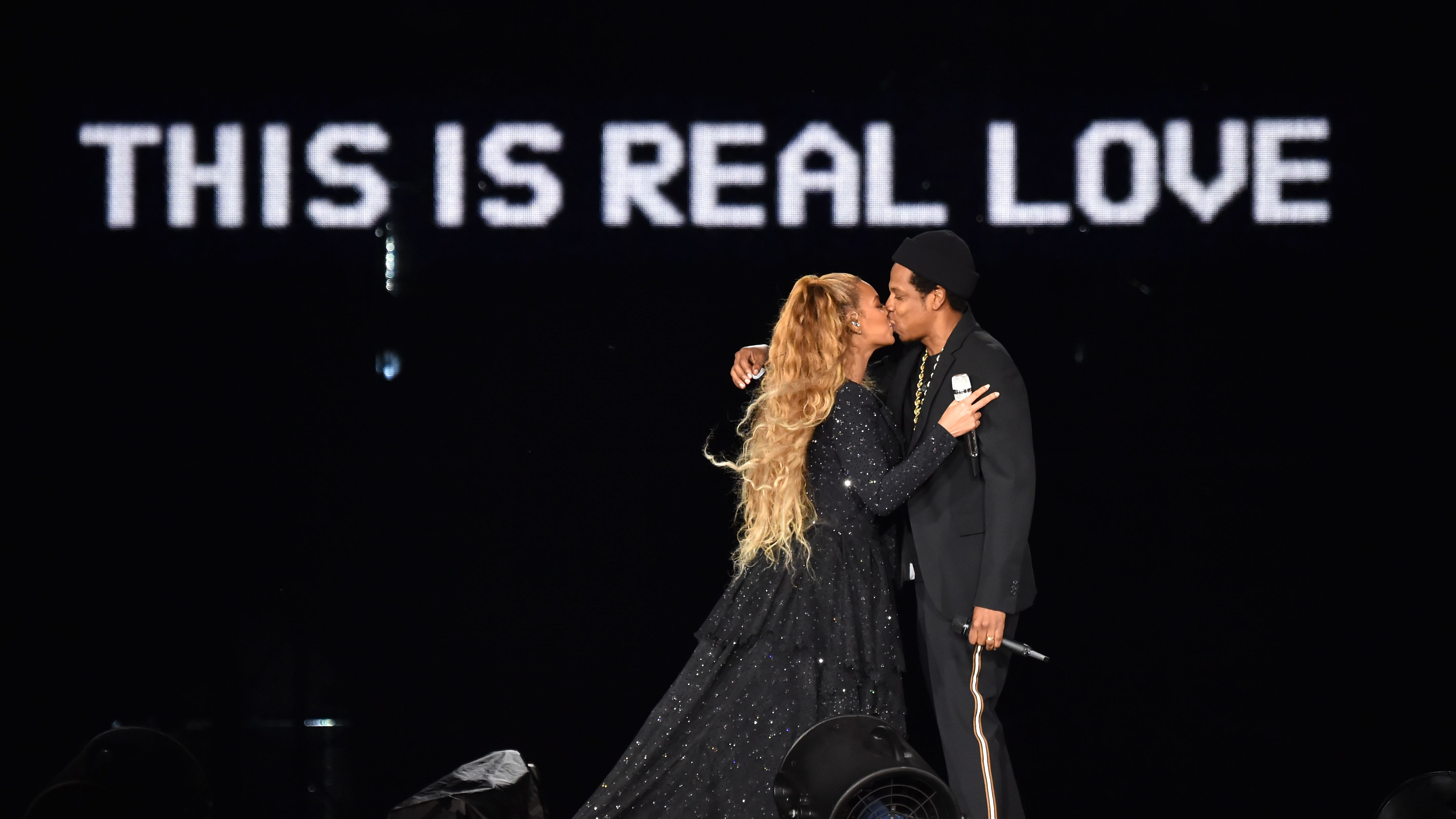 """Beyonce and Jay-Z """"On the Run II"""" Tour – Glasgow"""
