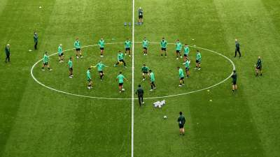 TOPSHOT-FBL-WC-2018-AUS-TRAINING