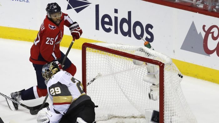 Devante Smith-Pelly,Marc-Andre Fleury