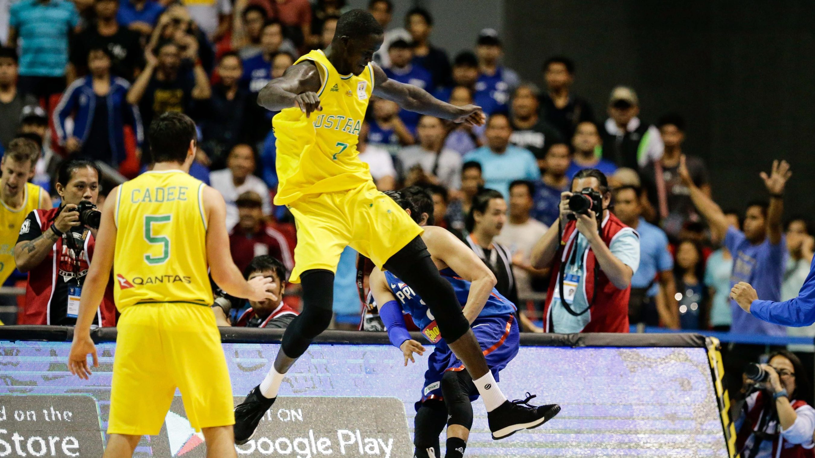 ab6c187de966 Thon Maker s embarrassing role in the Philippines vs. Australia melee