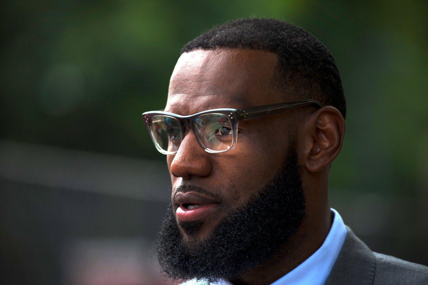 Bên cạnh Kobe Bryant và LeBron James, siêu sao NBA nào là nhà đầu tư tài ba trên thương trường? - Ảnh 2.