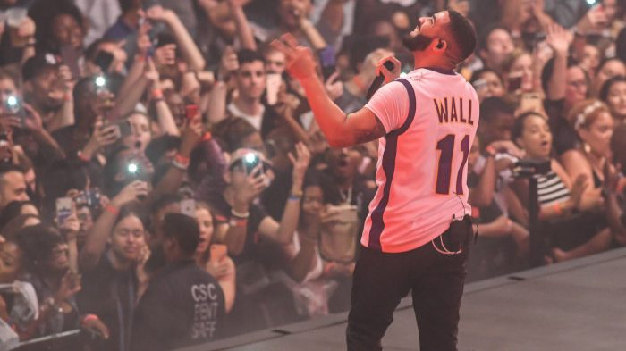 Drake loves jerseys  From Skylar Diggins to LeBron 4dff93d06