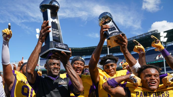 Prairie View A&M coach Eric Dooley and his team, winners of the 2018 MEAC/SWAC Challenge