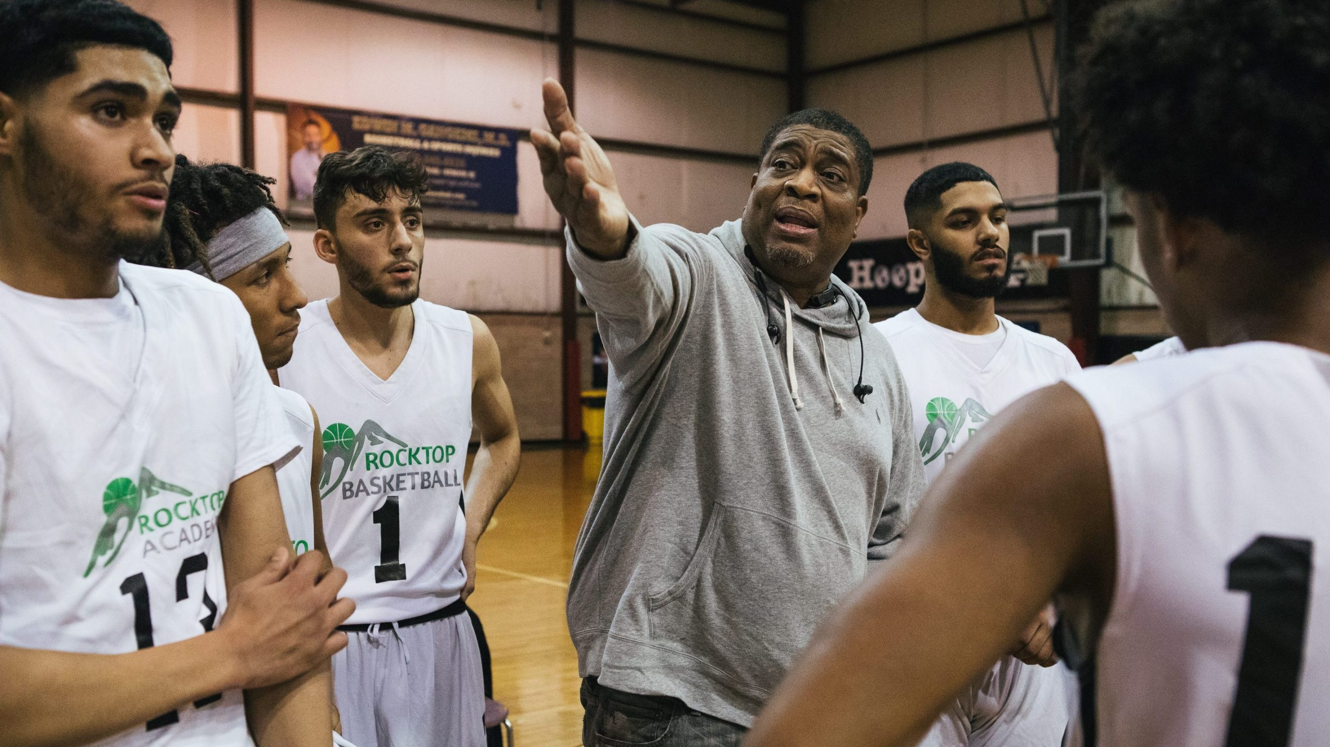 dc8b7bf8527670 A new breed of basketball school arises for high school grads trying to  catch on with a college team