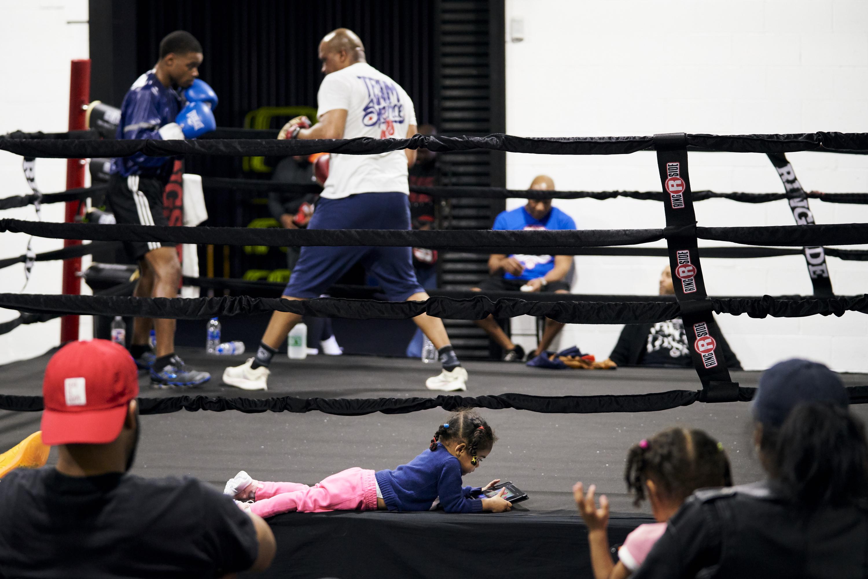 For Errol Spence Jr , training is a family affair