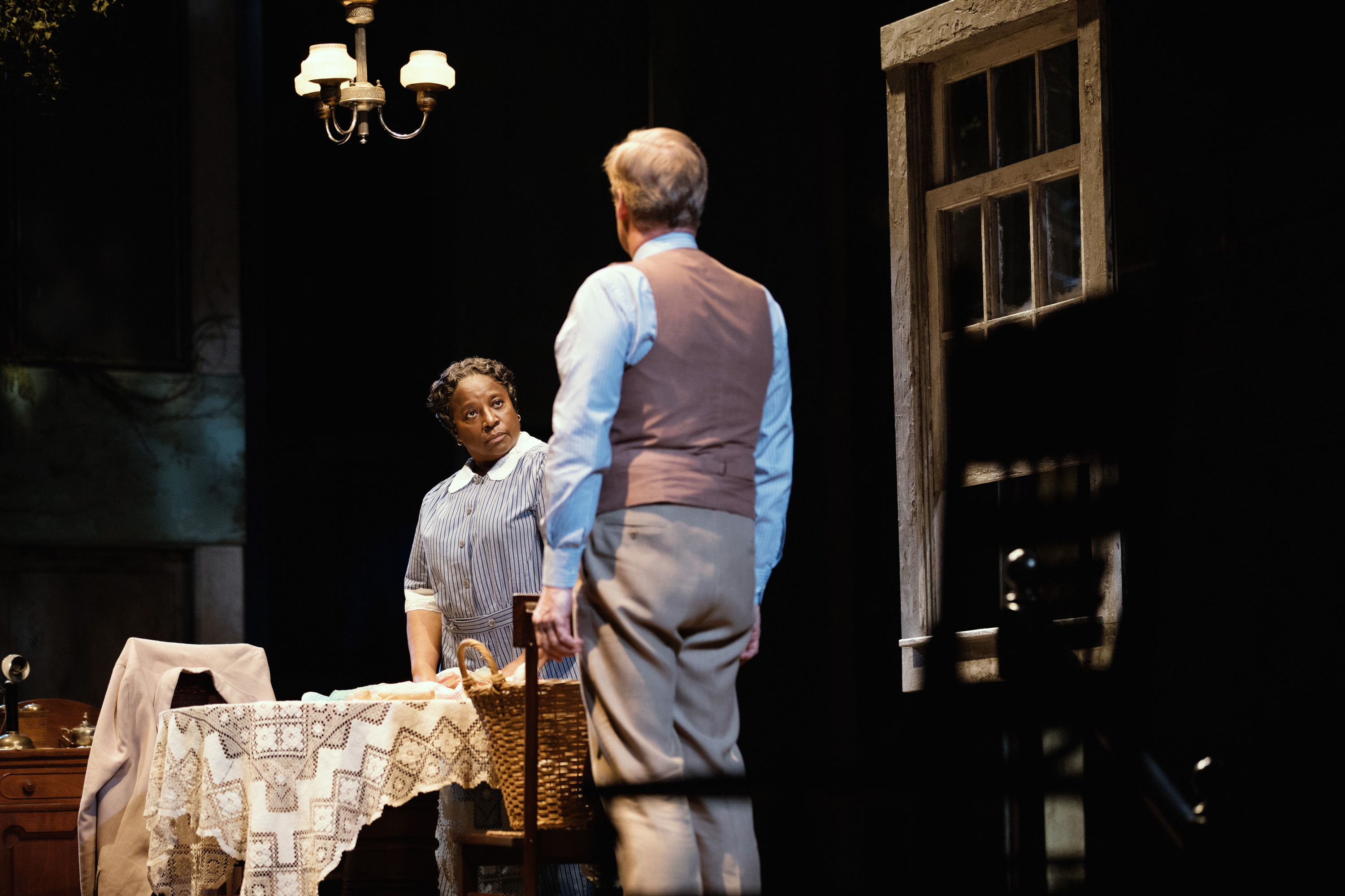 "b7c6635dbce LaTanya Richardson Jackson as Calpurnia (left) and Jeff Daniels as Atticus  Finch (right) in ""To Kill a Mockingbird."""