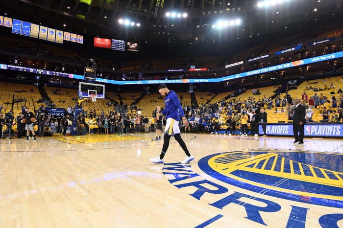 newest 369c0 27ef4 Stephen Curry is the longest-tenured Warrior, having been drafted seventh  overall in 2009. Through the years in Oakland, he has seen the highs and  lows with ...