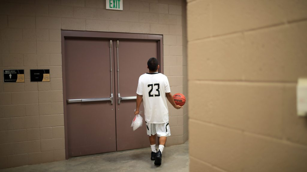 You better not lose: Navajo basketball is fast and unforgiving