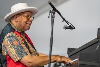 2018 New Orleans Jazz & Heritage Festival – Day 7