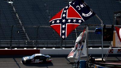 NASCAR XFINITY Series VFW Sport Clips Help A Hero 200 – Practice