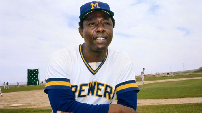 Hank Aaron and his eternal connection to Black baseball