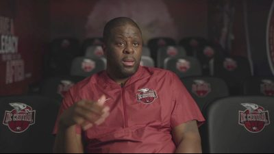 Coach LeVelle Moton